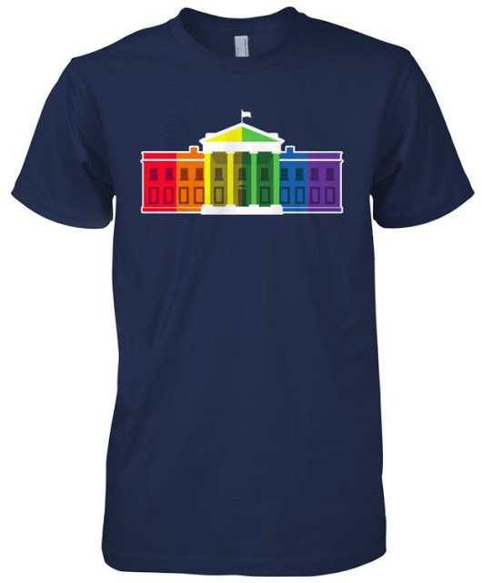 #LoveWins – White House Rainbow Colors